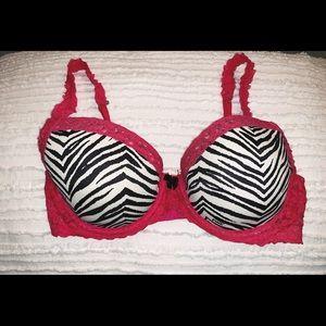 PINK Victoria's Secret 34C Lace Wing Demi Bra